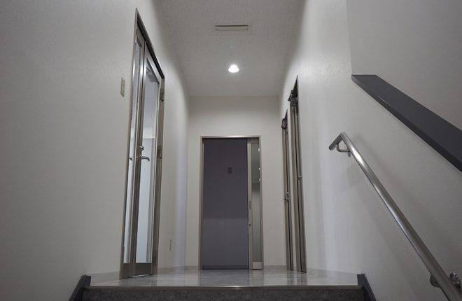2階ホール | 大阪市城東区の細部にこだわった倉庫事務所