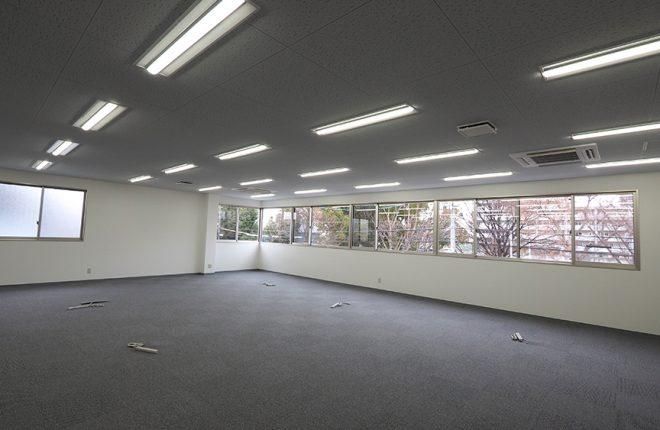 2階事務所 | 大阪市城東区の細部にこだわった倉庫事務所