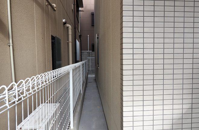 建物横通路 | 大阪市城東区の快適な倉庫事務所