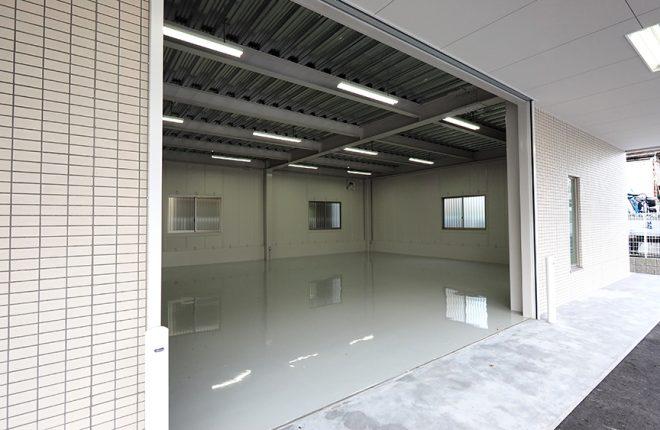 1階倉庫入口 | 大阪市城東区の細部にこだわった倉庫事務所