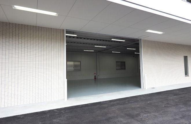 倉庫入口 | 大阪市城東区の快適な倉庫事務所
