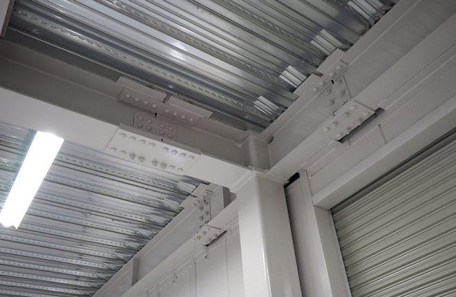 1階倉庫天井 | 大阪市城東区の細部にこだわった倉庫事務所